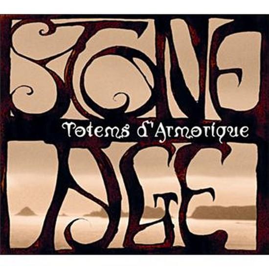 stone-age-totems-d-armorique